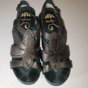 DANSKO NINA Sandals Leather Graphite Metallic 37
